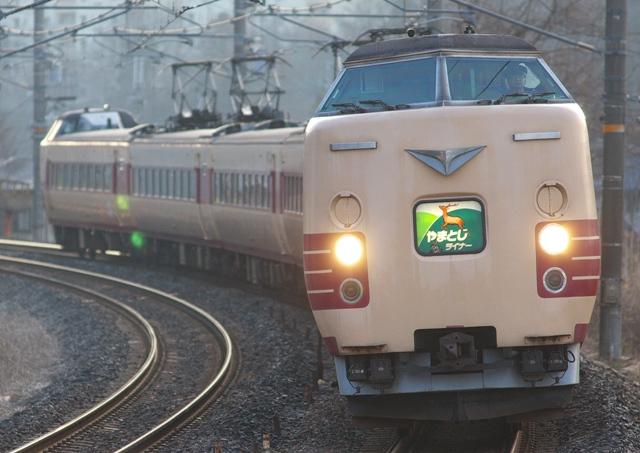 110221-JR-W-381-yamatoji-3.jpg