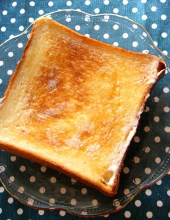 『ムッシュイワン』の食パン