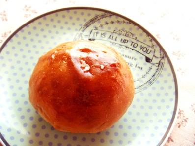 『caslon(キャスロン)』の黒糖の丸パン