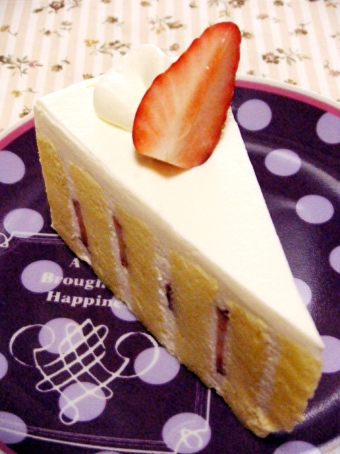 『chez andy labo(シェ アンディ ラボ)』の苺のショートケーキ