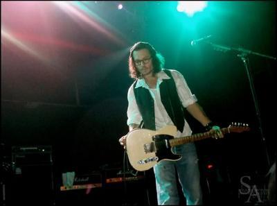 ジョニー未見ギター3