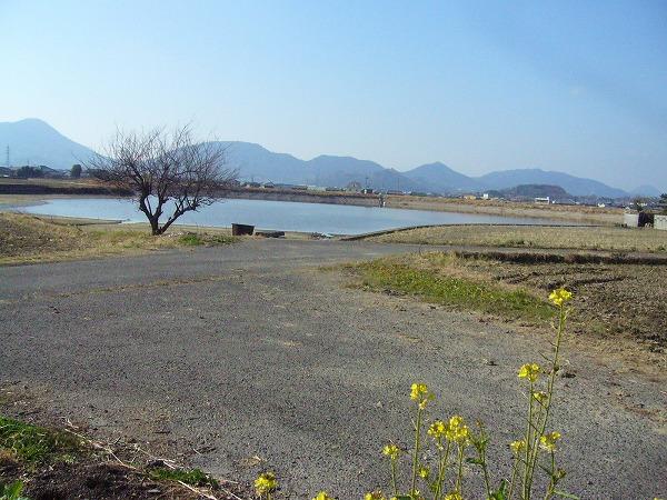 加敷池(おつの池)