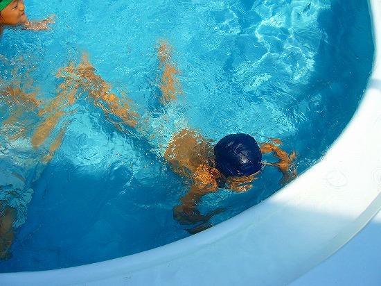 下向き泳ぎ