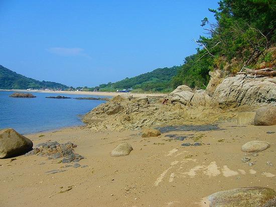 西端の砂浜