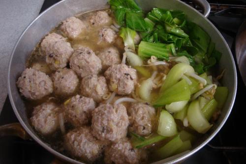 100207-011肉団子と野菜のスープ煮完成(縮小)