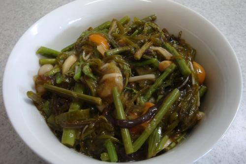 100207-030山菜めかぶおろし(縮小)