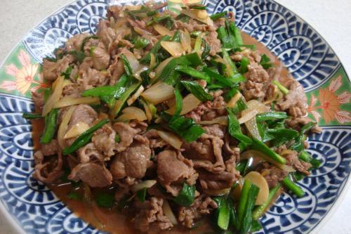100211-010牛肉とにらの炒め(縮小)