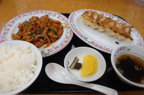 100306-102ホルモン炒め定食(縮小)