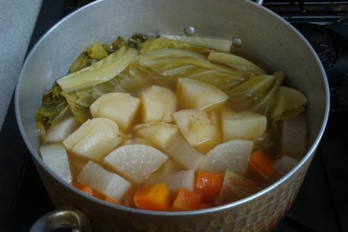 110212-030野菜のコンソメスープ煮(縮小)