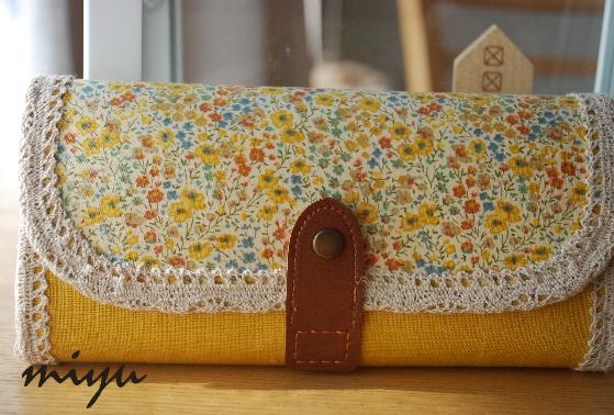 長財布(フィービー×黄色)1