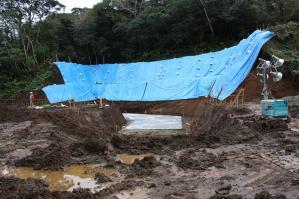 水処理施設側面下