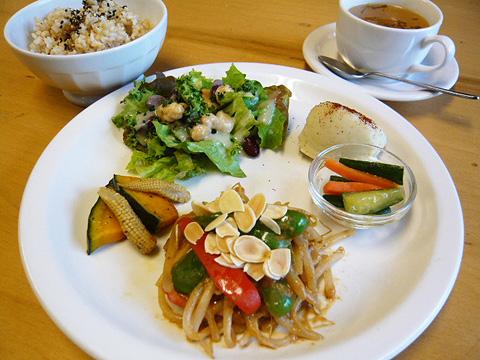 lunch_1204.jpg