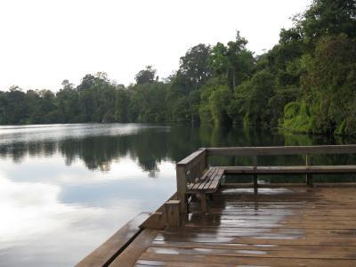 ヤクローム湖