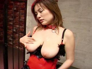 無修正動画 モロブログ:★無修正 乳首もマンコもピンク色した爆乳お姉さん!