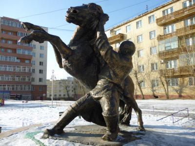 statueinmongolia2