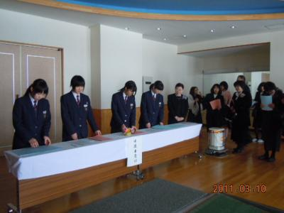 平成22年 3月 10日  八中卒業式 004