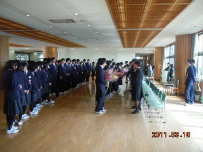 平成22年 3月 10日  八中卒業式 048