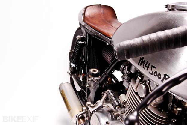 motohanger-sr500-2[1]