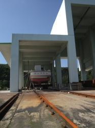 100115boat1.jpg