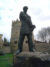 200px-Ustym_Karmaliuk_monument.jpg