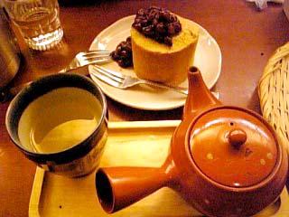 namiwaya cafe ロールケーキセット