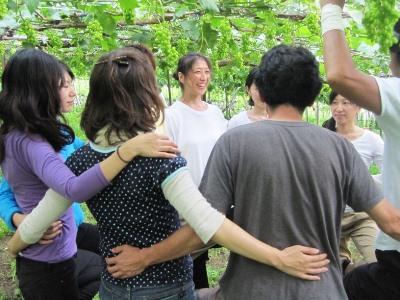 2011年7月2日菱山ぶどう畑ヨガ (31)