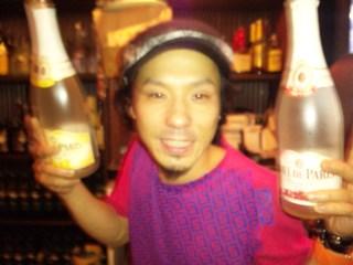 主役シャンパン2本