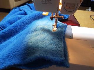 スティッチ縫う