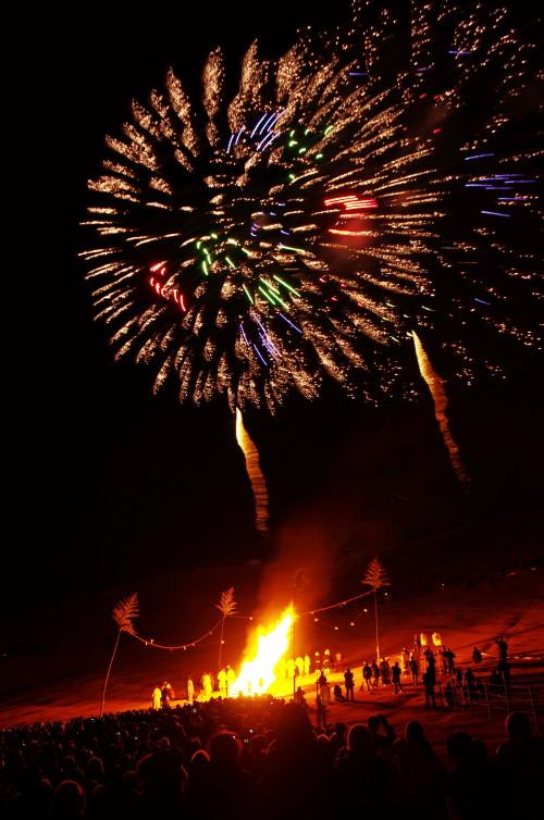 山焼き 花火