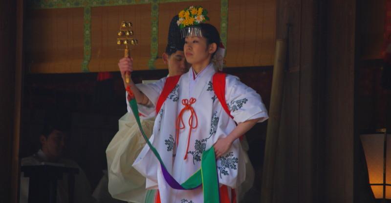 お田植え神事 鈴の舞