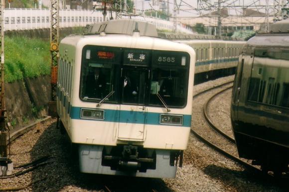 2004-s-8265-001.jpg