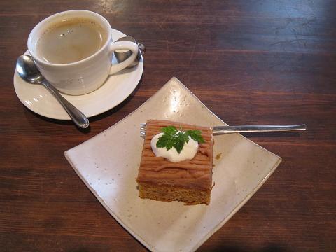 モカケーキのモンブラン