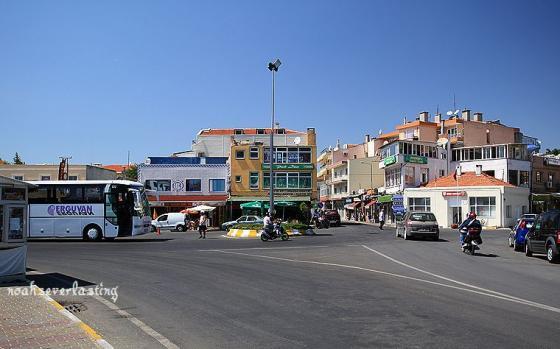 a port town_3