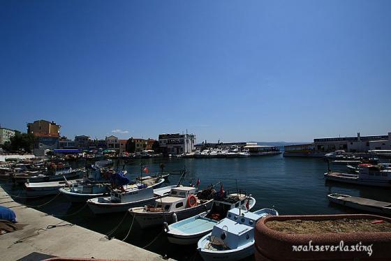 a port town_1