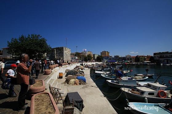 a port town_2