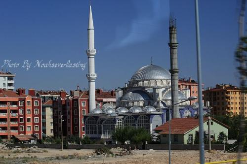 mosque_1.jpg