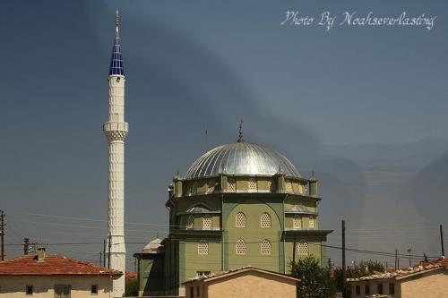 mosque_3.jpg