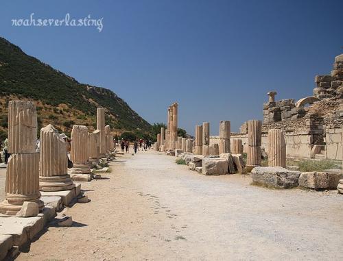 ruins_15_20100407234642.jpg
