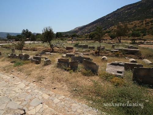 ruins_17_20100407234641.jpg