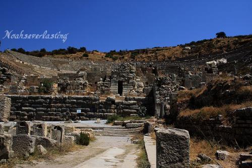 ruins_75.jpg