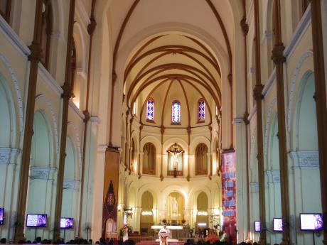 ホーチミン大教会の中