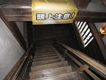松山城天守階段