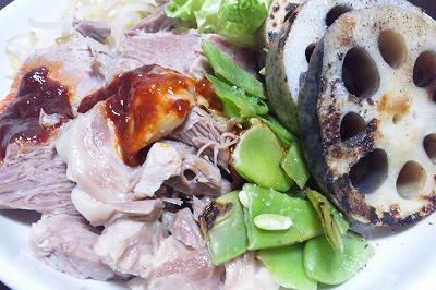 茹で豚と焼き野菜と蒸し野菜、コチュジャンソース