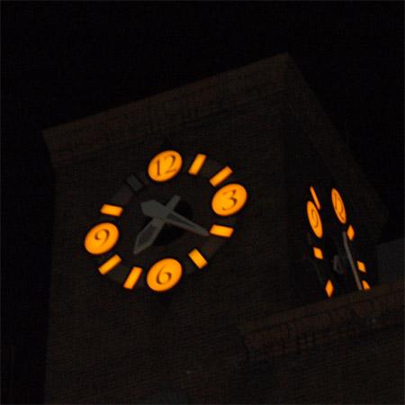 生駒ビル時計塔2