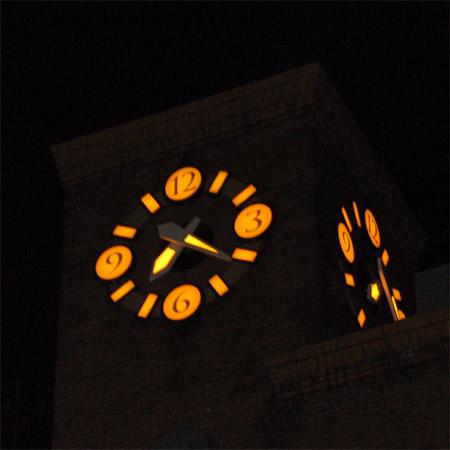 生駒ビル時計塔3
