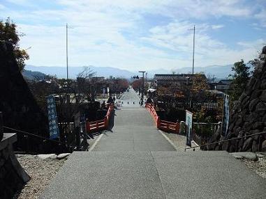 武田神社より