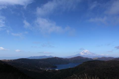 秋の空と富士山
