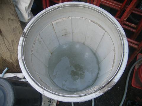 0478桶の氷