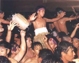 見付天神裸祭り