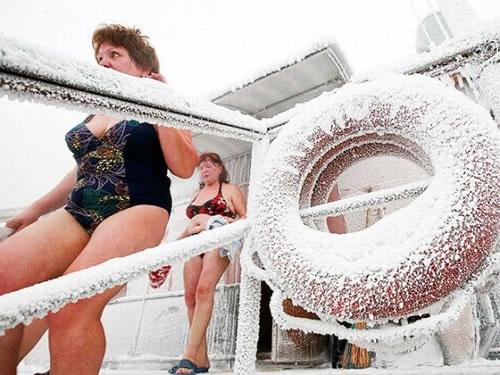 ロシア寒中水泳3